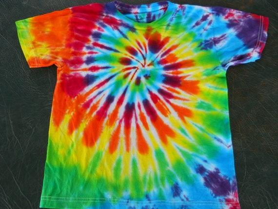 kids size medium tye dye t shirt