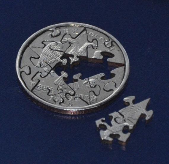Coin cut puzzle. 12 pcs. 5 Russian roubles 1998