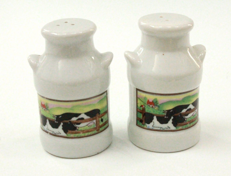 Vintage Salt And Pepper Shakers Ceramic Cow Motif