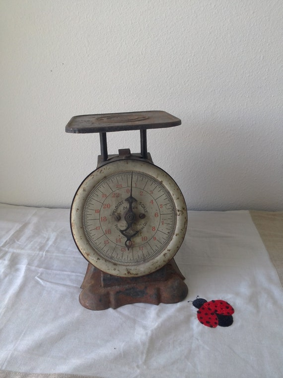 Rustic pelouze family scale for Rustic kitchen scale