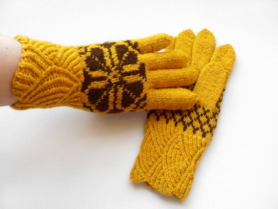RESERVED Hand Knitted Gloves - Yellow, Size Medium