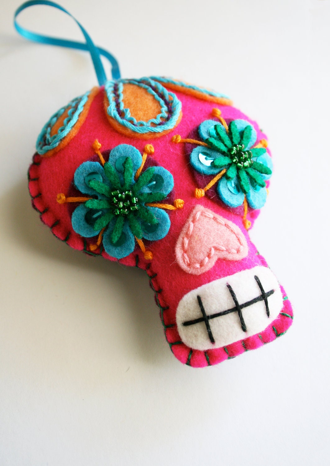 Large sugar skull ornament day of the dead dia de los for Mexican christmas ornaments crafts