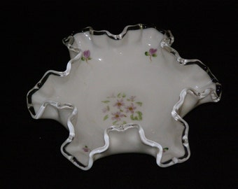 Vintage 1950 Fenton Art Glass Bon Bon Dish in  Silvercrest Violet Patten