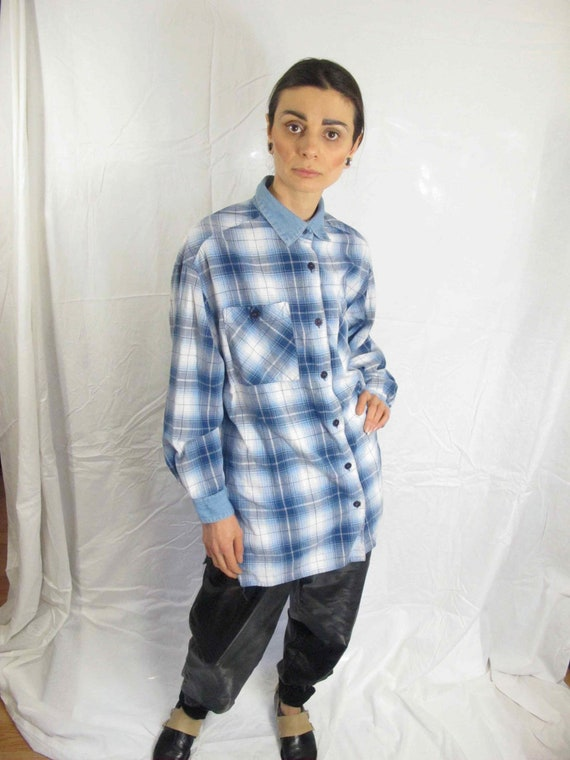SALE - Forenza Plaid Flannel Button Up Shirt with Pockets