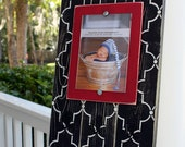 Distressed 5x7 Keyhook Picture Frame with 3 Hooks Black Lattice