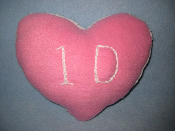 ONE DIRECTION Pink & White Heart Pillow/ ID Plush Heart Pillow