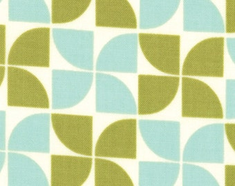 Marmalade Blueberry Leaf Pinwheel - Fat Quarter Cotton Quilt Fabric 415