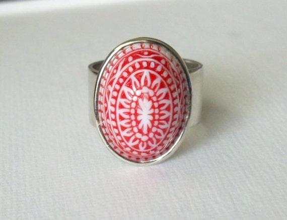 SALE - Vintage Red Cocktail Ring Etched Chunky Adjustable Smooth Sterling Silver Plated Band