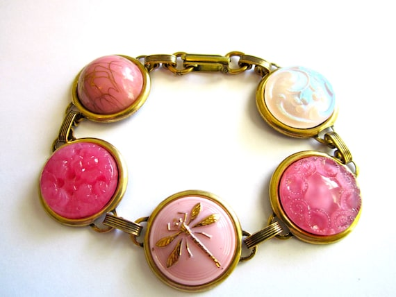 Gotta Love Pink, ANTIQUE BUTTON bracelet, all glass buttons. One of a kind