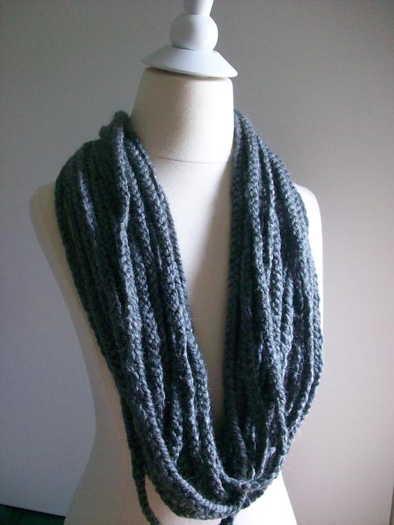 2012 fashion, Infinity Chain Warmer scarf,Chunky Scarf, Cowl, Neckwarmer, circular scarf