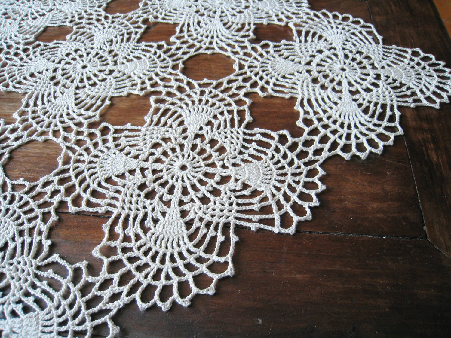 Crochet Patterns Lace Table Runners : Crochet Lace Table Runner Natural Shabby Chic Cottage Table