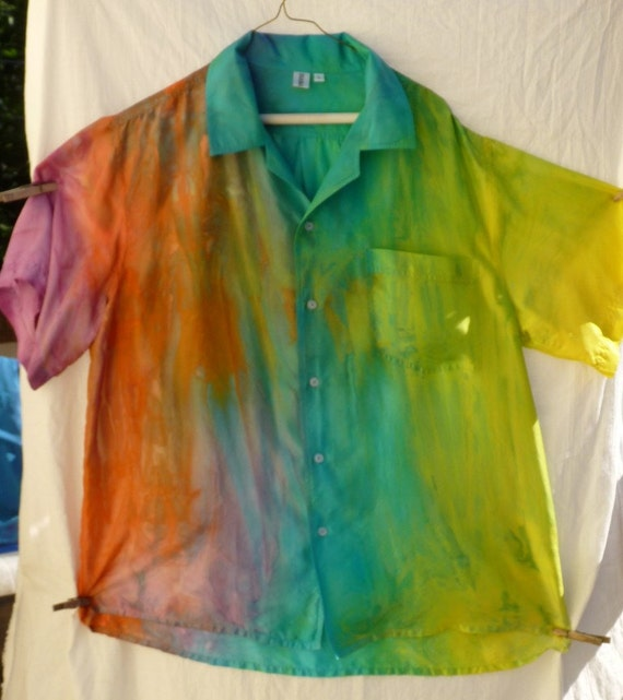 Silk L men's shirt. Rainbow sherbet.