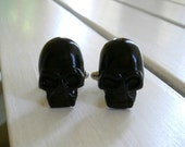 Skull Cufflinks in Black and many colors Men's Cuff links Skull Gothic wedding favors groomsmens gifts