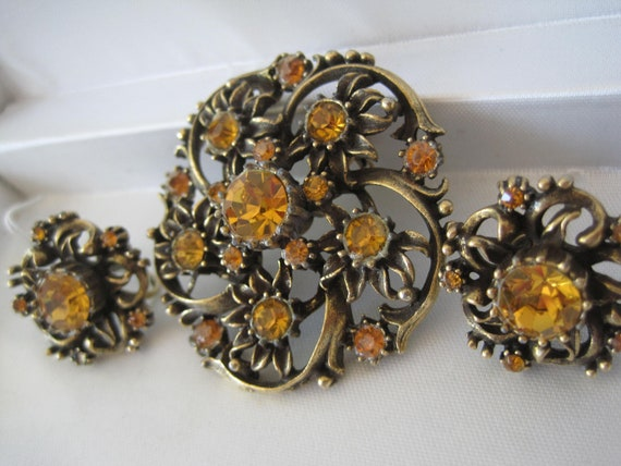 Vintage Coro Rhinestone Brooch  Earrings