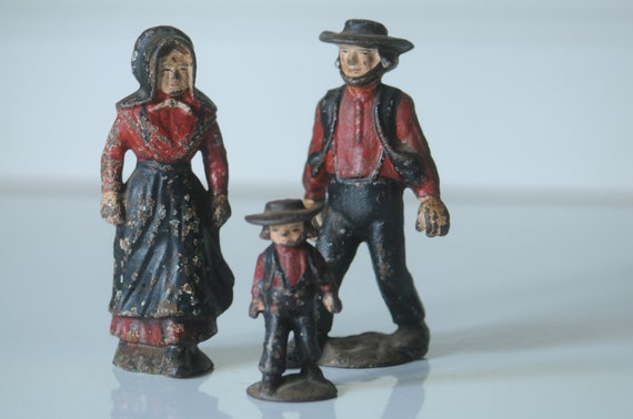 Antique Cast Iron Amish Family Miniature Cast Iron Figurines