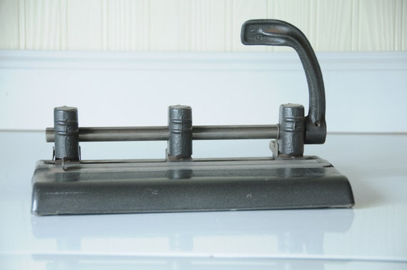 Vintage 3 Hole Punch Master Products Series 1000 Industrial Office Products