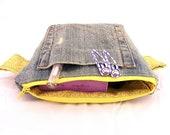Zipper Pouch Pattern,  Easy Sew Tutorial, Eco Friendly Cosmetic Bag Pattern, Repurposed Denim Sewing Pattern