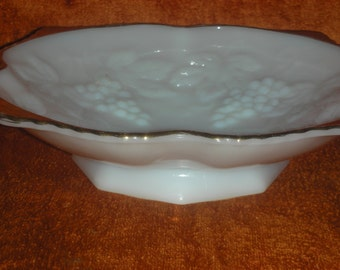 Anchor Hocking Milk Glass / Gold Trim Footed Bowl Grapes