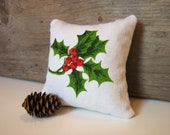 Christmas Pillow / Balsam Pillow / Decorative Pillow / Vintage Pillow / Christmas Tablecloth / Holly