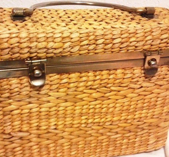 Beach Clutch Tote Hand Woven Vintage Clutch Purse or Supply Tote