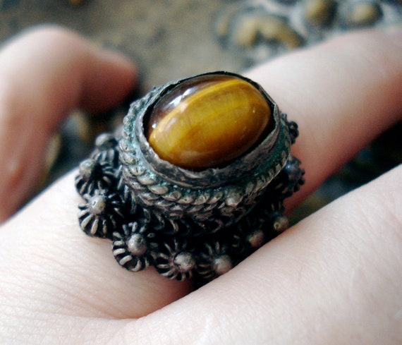 Antique Mexican Sterling and Tigers Eye Poision Ring - Hidden Compartment Ring - Handmade Pillbox Ring