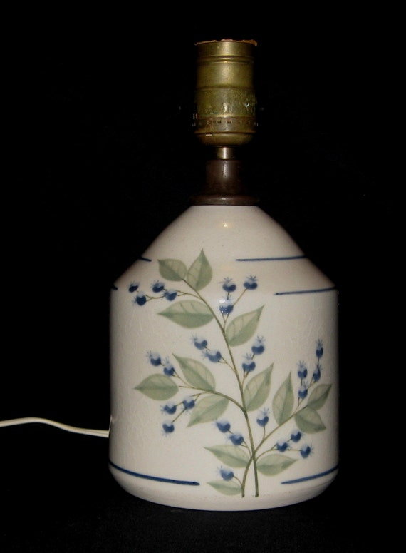 Vintage Union Stoneware Of Maine Blueberry Jug Lamp In