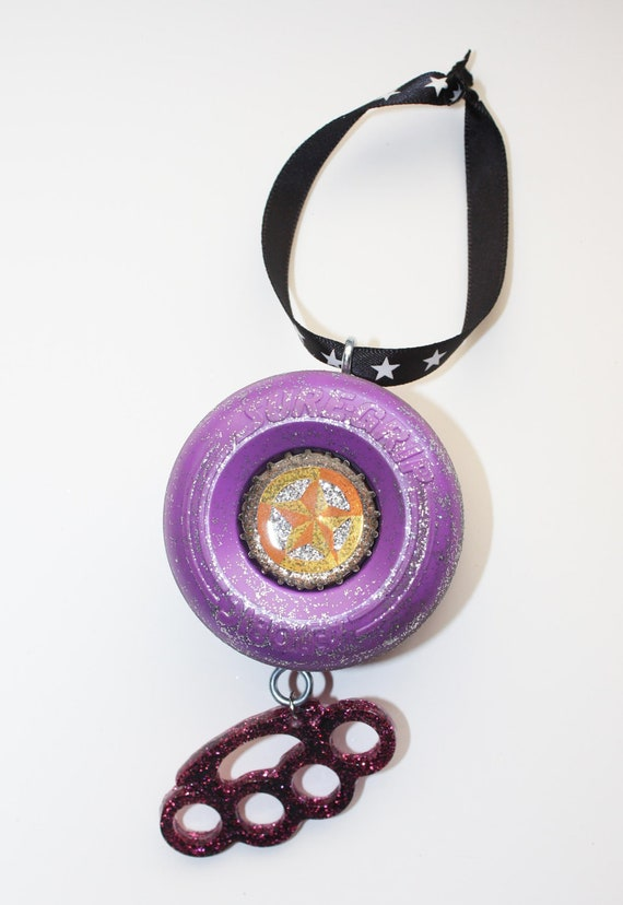 Roller Derby Ornament