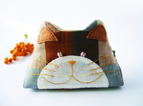 Cat purse / Cat zipper purse / Cat coin purse / Hand embroidery / Gift bag / Small bag zippered