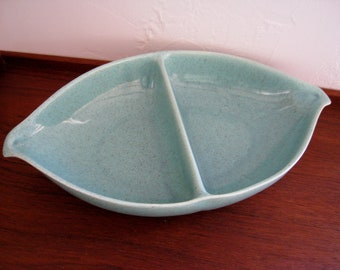 Bauer Brusch pottery divided vegetable serving dish aqua blue