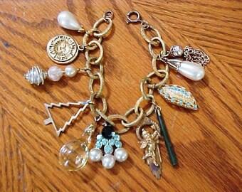 Vintage Sarah Coventry Charm Bracelet