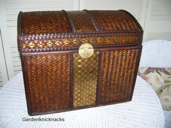 Old World Trunk