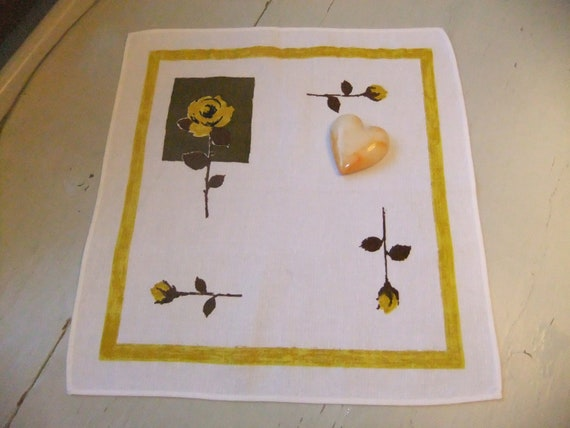 Vintage Swedish wonderful 1960s tablecloth with yellow roses