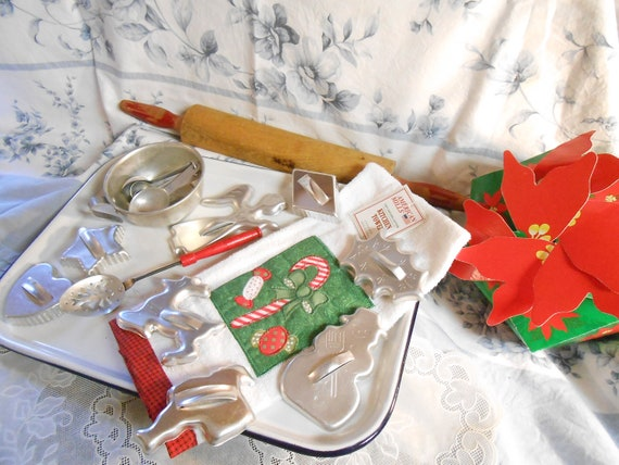 Graniteware Tray, Wooden Rolling Pin, Intro Price....CHRISTMAS towel, cookie cutters and gift box