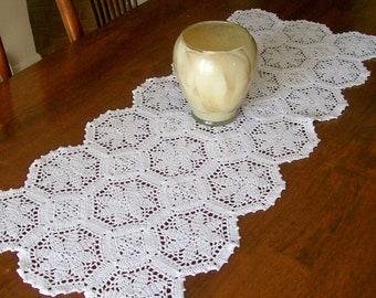 Crochet Table Runner, White Lace Table Mat, Doily Centerpiece