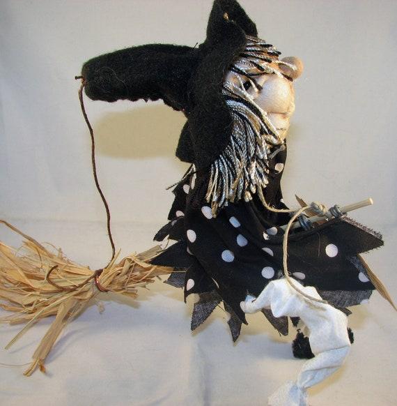 Pixie Kitchen Witch, Isidora