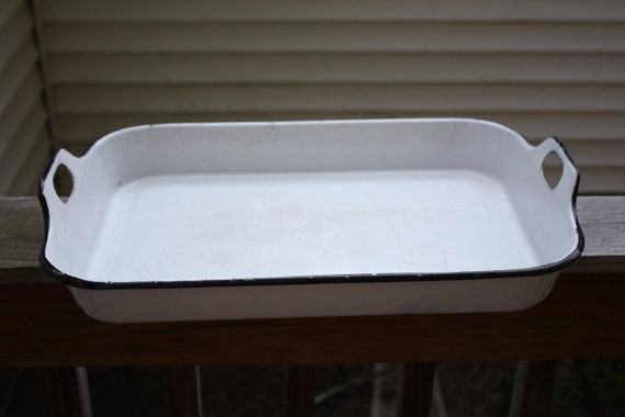 Vintage Large White Enamelware Tray With Handles-Great Vintage Condition, Excellent For BBQ's