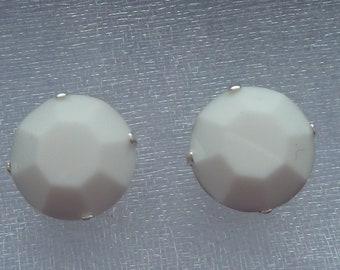 Swarovski Chalk White Stud Earrings (10mm)