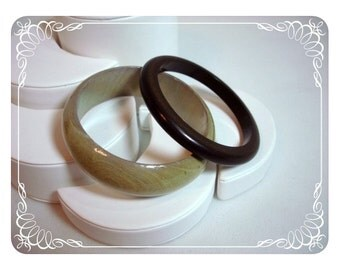 Sand & Dirt Brown Opposites attract Contrasting Lucite Bangles  1287b-042512000