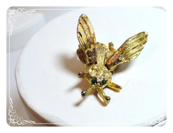 Vintage Trembler Flying Insect Brooch Pin 1582-012312000