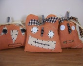 Set of 3 Prim, Grim, Grungy Pumpkin Face Halloween Jack-o-Lantern Bowl Fillers/Tucks/Shelf Sitters