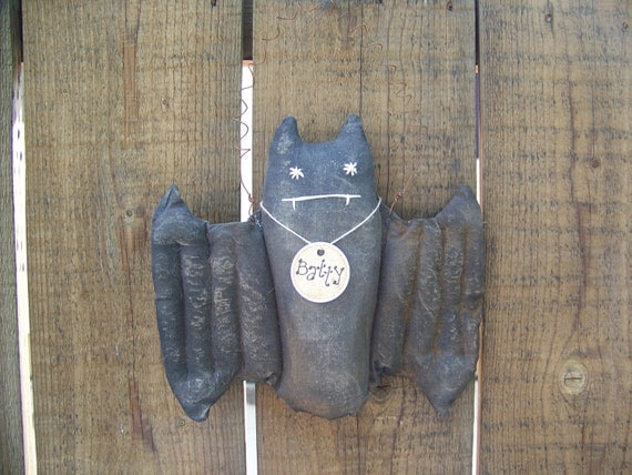 Grungy Primitive Bat Door Greeter/Wall Hanger for Halloween