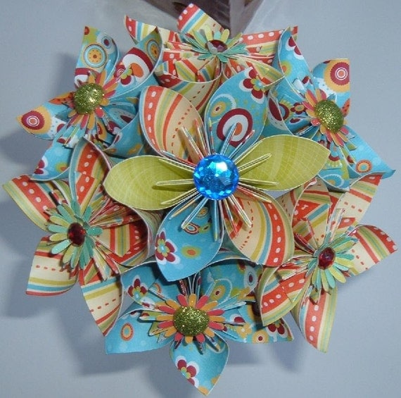 Paper Flower Bouquet - Kusudama - Bright and Colorful - Red, Green, Blue, Yellow