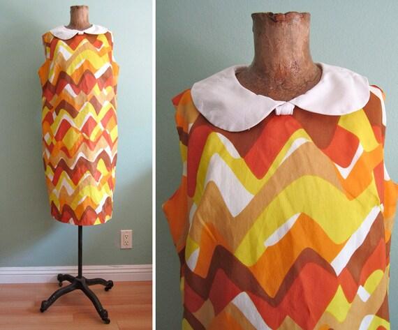 SALE peter pan collar dress/ 60s mini dress/ mustard yellow orange dress M-L