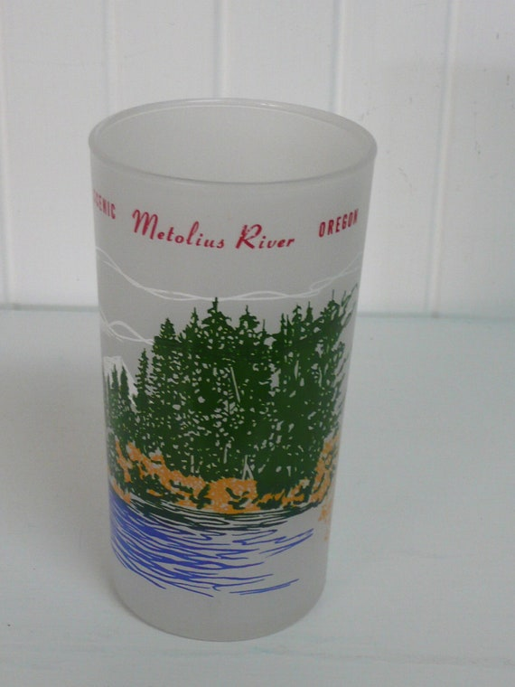 1950s Oregon Tourist Souvenir Frosted Drinking Glass, Metolius River - Vintage Travel Trailer Decor, Collectible