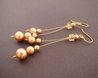 Dangle earrings, pearl dangle earrings, long handmade earrings, Swarovski pearl earrings, Swarovski crystal and pearl earrings