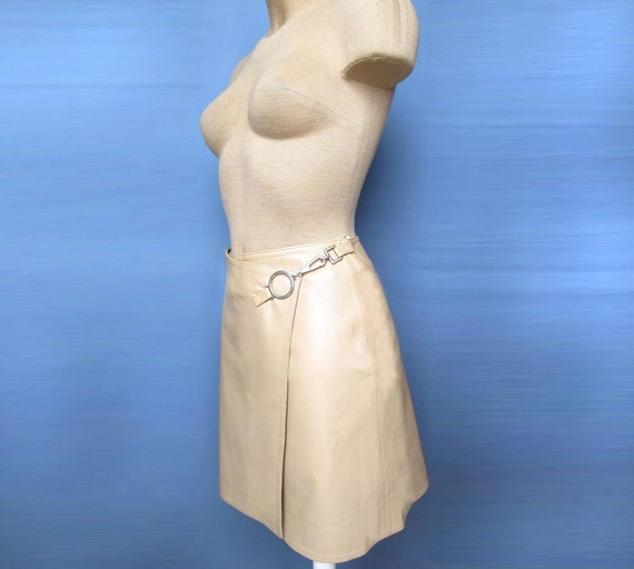 Gorgeous & stylish Wrap Leather Skirt Creamy Beige with pearl effect Dress New