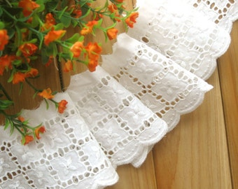 Cotton Lace Fabric Trim - Ivory White Flower Floral Scallop Eyelet Lace Cotton Fabric TRIM 3 Inches 1 Meter - Ella