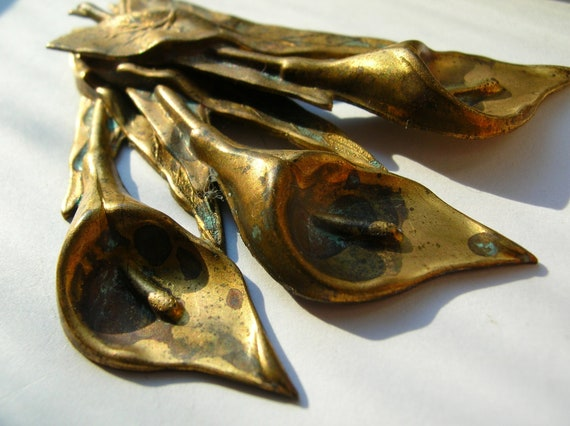 Large aged brass Art nouveau lily flower stamping findings for crafts,destash,,jewelry,