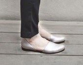 Flat leather shoes, Designer comfortable shoes. Silver suede leather flats. Great bridal flat shoes. Genuine leather shoes.