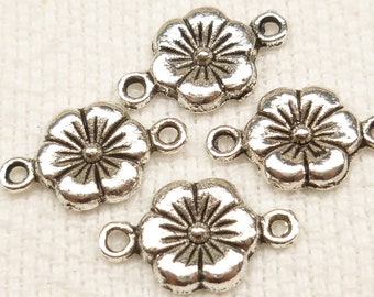 Detailed Flower Connector Charm - Silver Tone (10)  - SF28